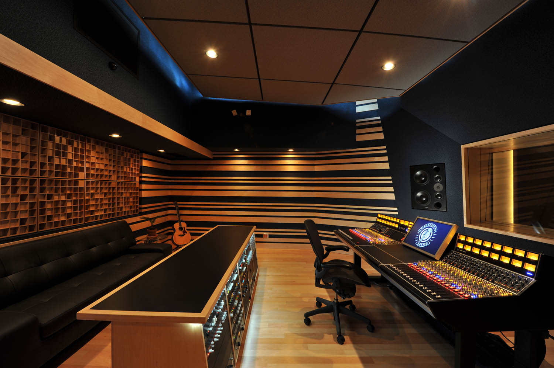 red thumbtack recording. Black Bedroom Furniture Sets. Home Design Ideas